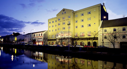 Canal-Court-Hotel